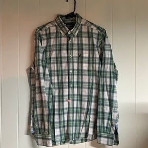 Med athletic fit American Eagle green dress shirt